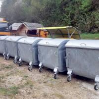 Nabavljeni novi kontejneri za odlaganje otpada, odabran izvođač radova na izgradnji podložnih ploča i nadstrešnica za zelene otoke